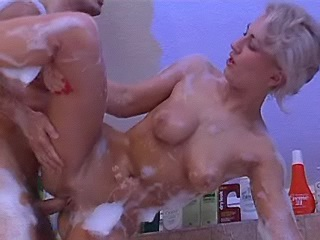 Mary queen gets fucked after her bubble bath